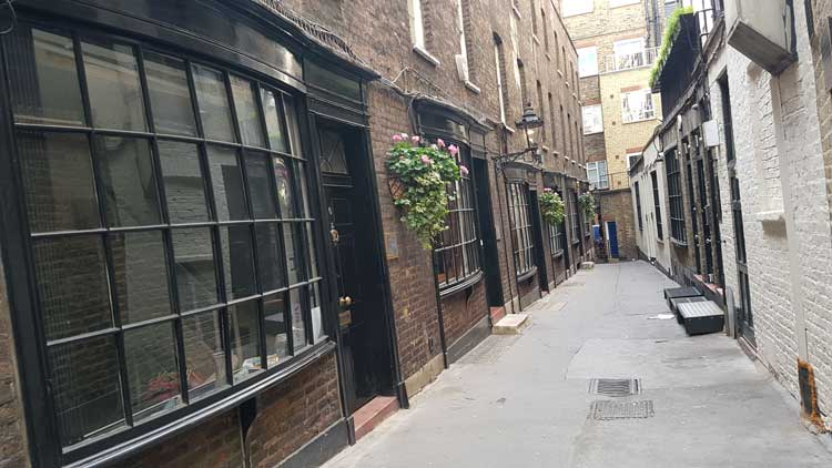 Goodwin's court - Diagon Alley.