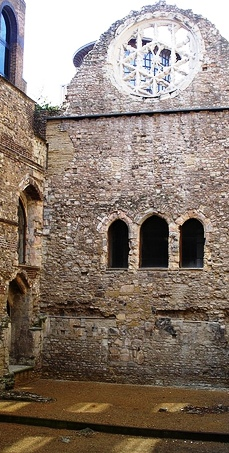 Remains of Winchester Palace.